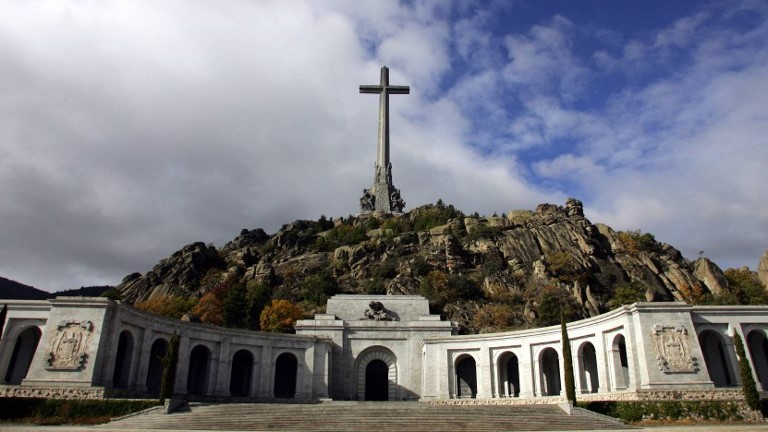 Will General Franco's remains be removed?