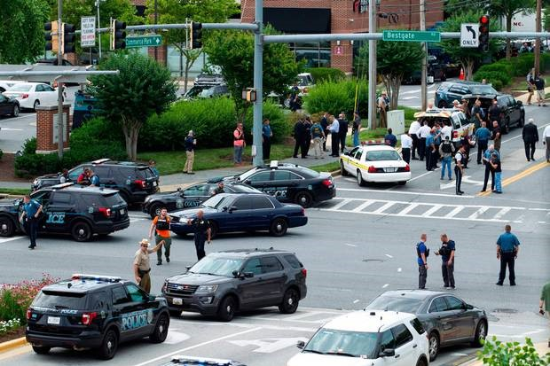 Gunman kills five at U.S. newspaper