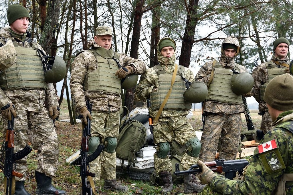 Will Canadian company deliver the rifles to Ukraine until September 11?