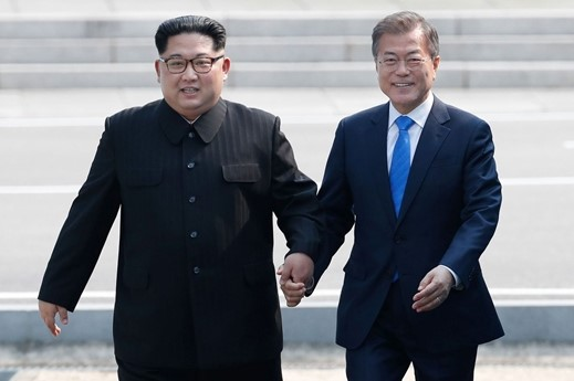 Will the leaders of North and South Korea discuss the possibility of opening Pyongyang –Seoul flight route during inter-Korean summit in Pyongyang?