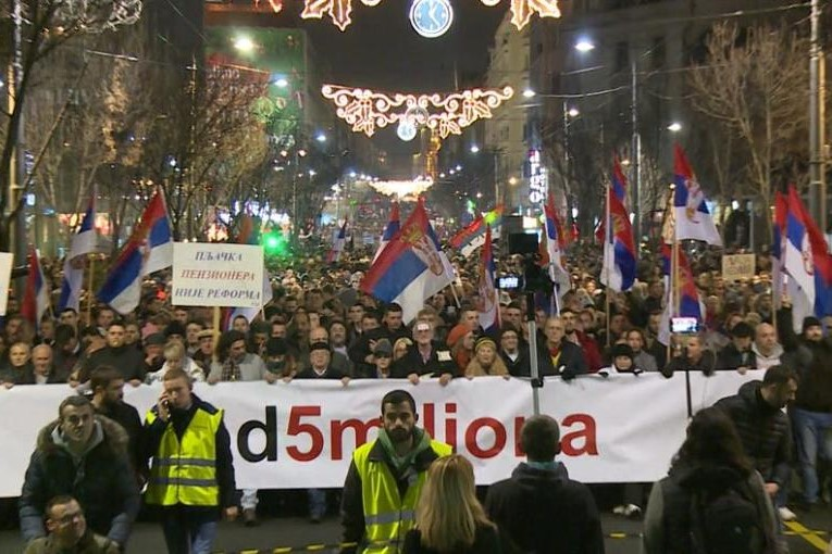 Will the Serbian government call snap elections?