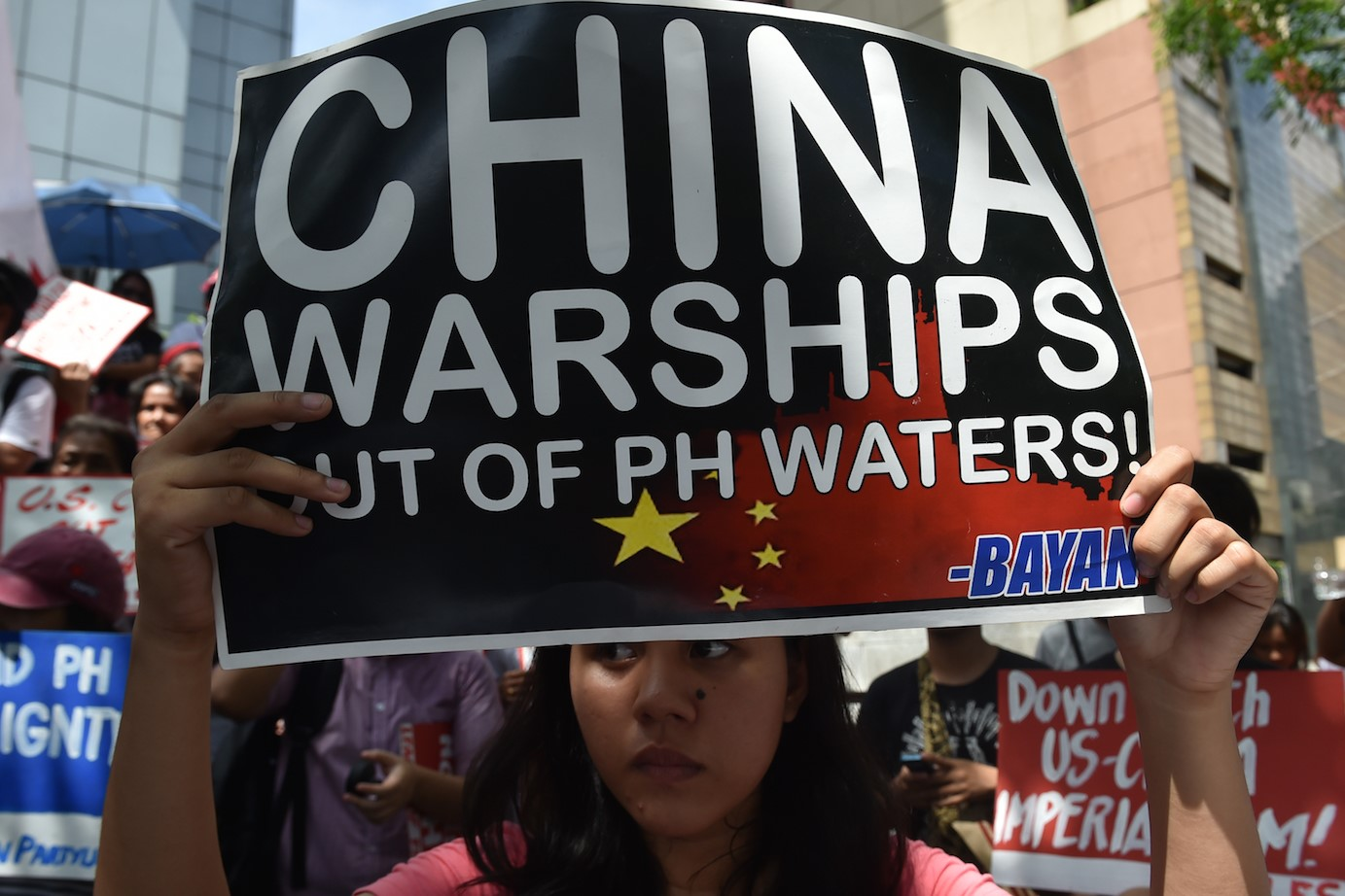Will Philippine's Duterte send a ''suicide mission'' in South China Sea?